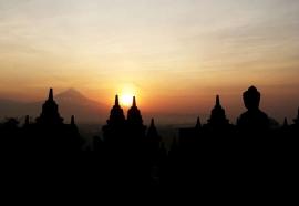Berwisata Sejarah di Candi Borobudur, Magelang